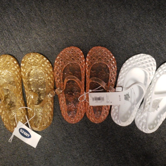 2018 Old Navy Jelly Sandals in White sizes 9,10,11